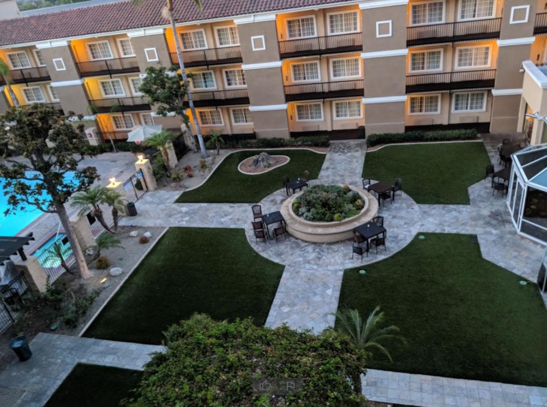 Hotel Fullerton Courtyard